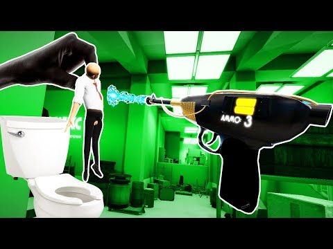 I SHRUNK THIS GUY AND THREW HIM in THE TOILET in The Spy Who Shrunk Me VR!