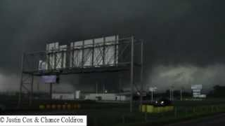 Repeat youtube video The first 10 minutes of the Moore EF5 Tornado (5/20/2013)