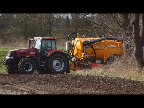 Magnum 250 Case-IH power met Veenhuis mesttank  Mega slurry movie Trekkerweb