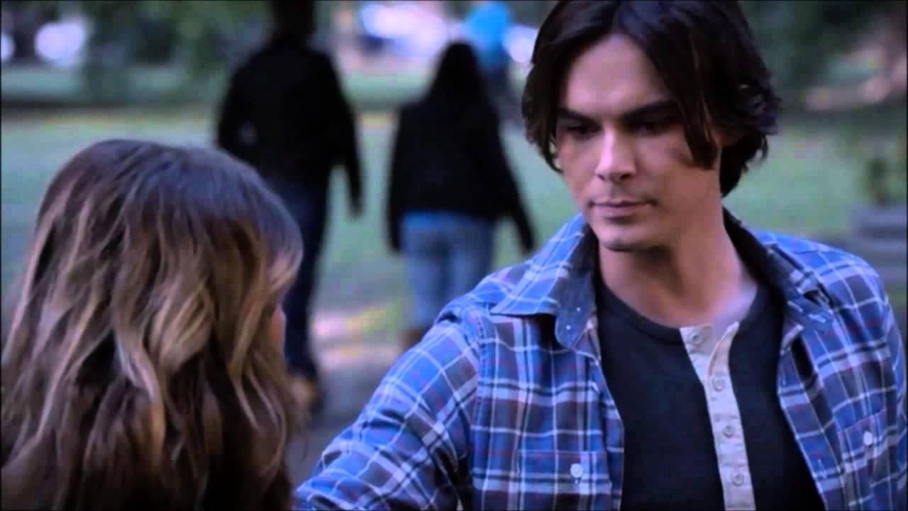 Download Ravenswood - Hanna 1x10 part 3
