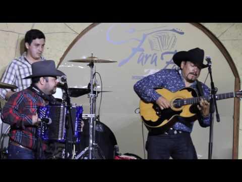 Huapango  Juan P. Moreno & MicoJuan Villarreal JR  @El Fara Fara