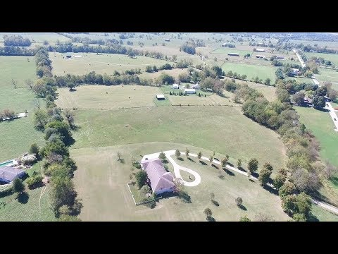 Home with Land for Sale - Georgetown, Kentucky
