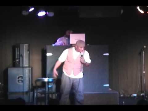 Tony Roberts Live @ Harlows