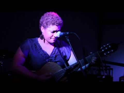 Kim Tillman LIVE - Zoo Song