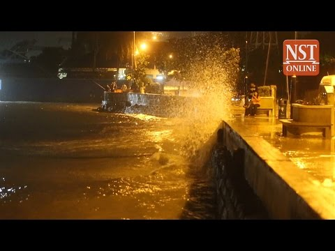 Strong waves lash George Town, more high-tide and weather misery to come