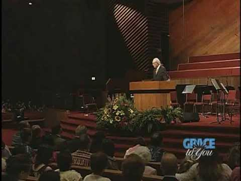 Two Paths, One Way - John MacArthur (Matthew 7:13-27) [CC]