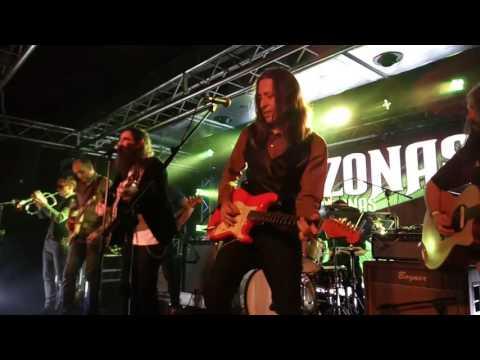 Corizonas -hey hey hey (the news today)- [live sala REM murcia] (26-11-2016)