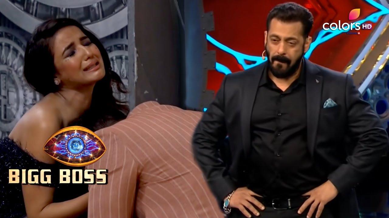 Download Bigg Boss S14 | बिग बॉस S14 | Jasmin's Eviction Leaves Salman Teary-Eyed