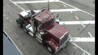 Kenworth W900A ( Detroit Diesel 8V-71 engine)
