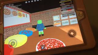 Gus the gummy gamer: roblox work at a pizza place