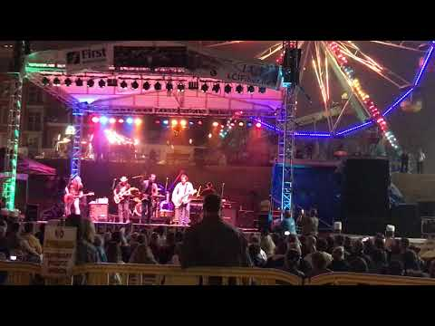 The Outlaws Green Grass and High Tides 2017 Rockland, ME Lobster Festival Ends in a Downpour