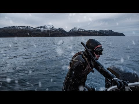 How To Stay Warm When Spearfishing Or Freediving In Cold, Frozen Water.