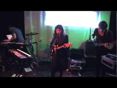 Exitmusic - Live gig - Part 1 @ The Green Door Store, Brighton, Nov. 13th 2012