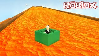 Skiing with a Box on Lava! - Roblox Slide In A Box with Panda!