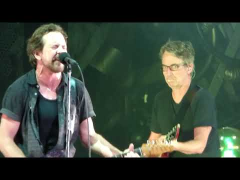 Pearl Jam - U - Wrigley Field (August 20, 2018)