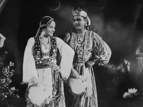 Prem Kahani - 1937 - Kya Ankhon Ki Lali