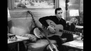 Watch Johnny Cash Drink To Me video