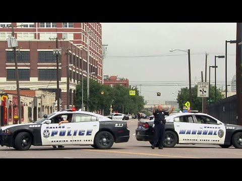 Suspicious Package Investigated At Dallas Police HQ