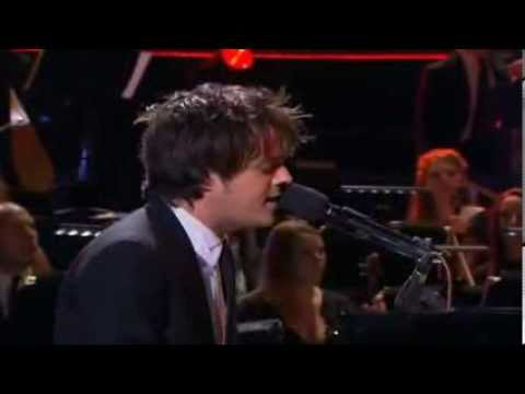 Jamie Cullum and the Heritage Orchestra - Just One of Those Things