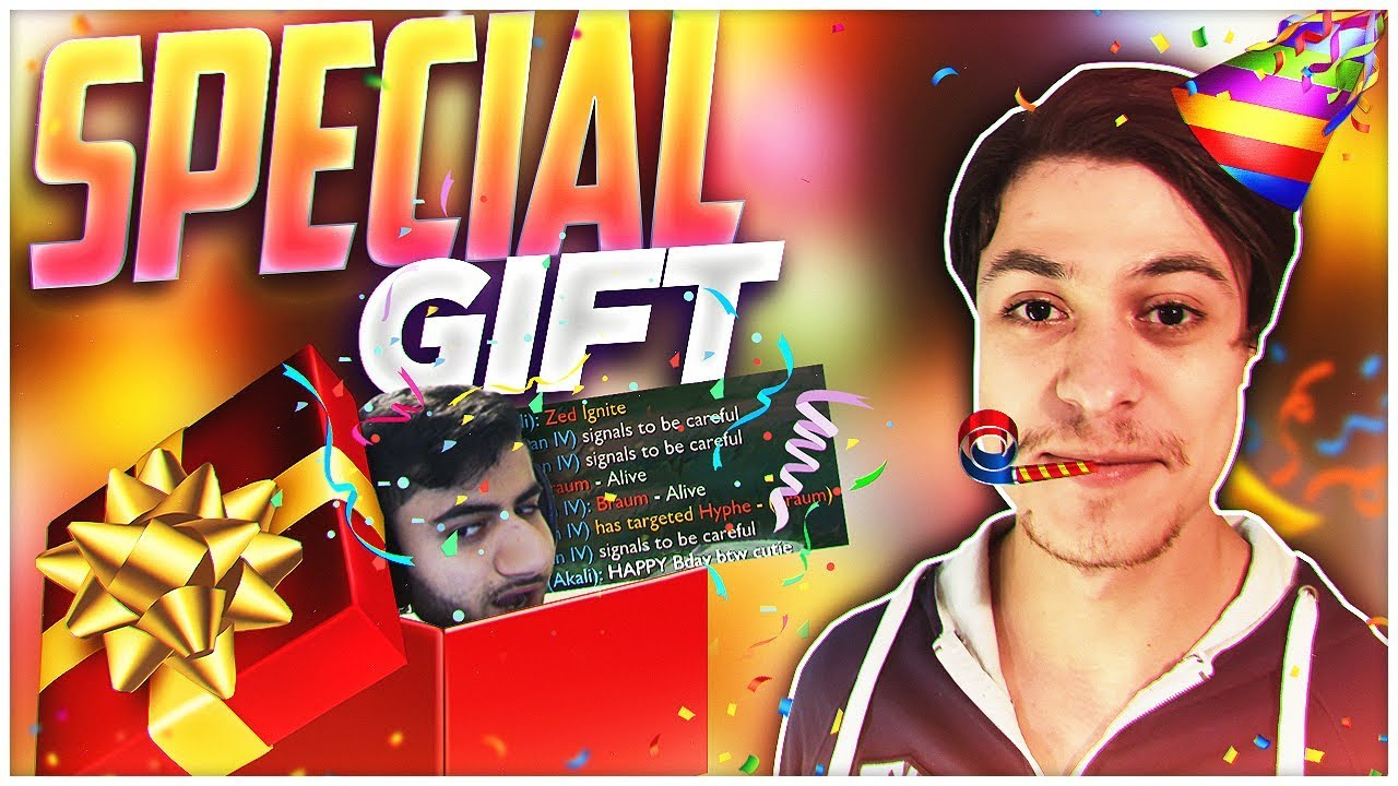 MY SPECIAL BIRTHDAY GIFT FROM MOE! - YouTube
