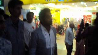 asif ali at oberon mall