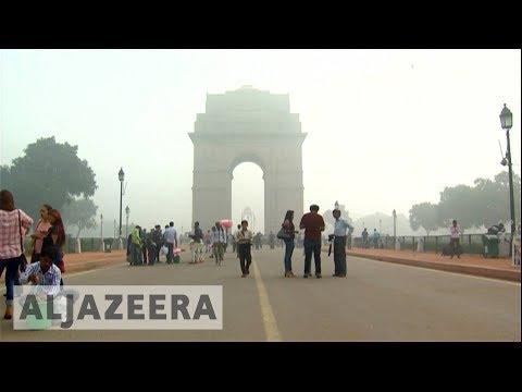 Delhi Choked With Toxic Smog As Air Quality Worsens