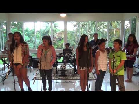 Kauai - Rock Band - Royals