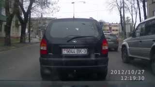 Гомель,ул. Кирова.Нервный и наглый таксист.