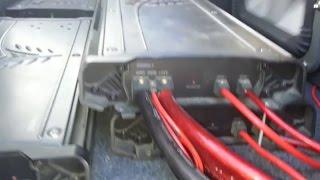 Single Kicker Solo X18 Amp Zx2500 1 - Al Omari Car Audio - TheWikiHow