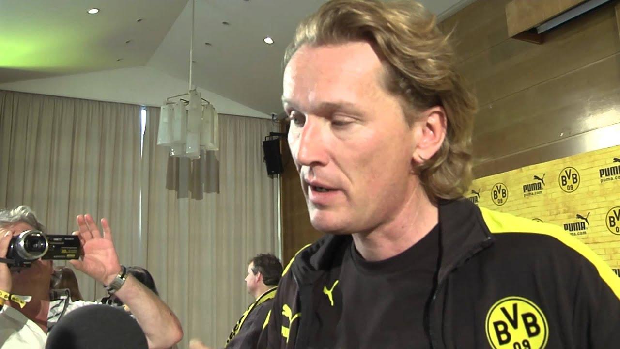Interview zum neuen BVB Trikot mit Puma Geschäftsführer Matthias Bäumer (Borussia Dortmund 2012)