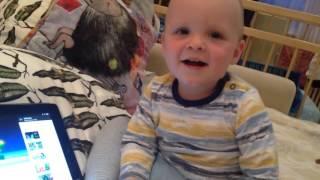 видео Развиваем музыкальный слух у ребенка