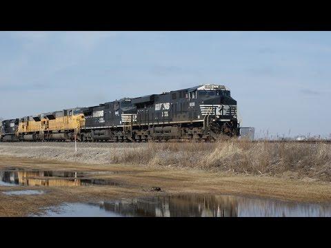 """""""New"""" NS SD90MAC's, RS3L and Fast intermodals in Oak Harbor Ohio"""