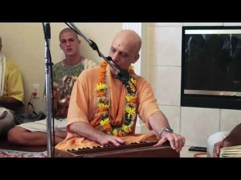 Bhajan - Prahladananda Swami - Hare Krishna - 2/5