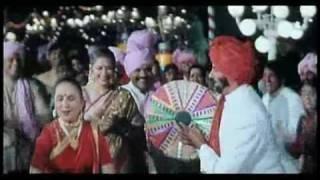 Video Amitabh Bachchan s Block Buster Hits Sona Sona download MP3, 3GP, MP4, WEBM, AVI, FLV Juli 2018