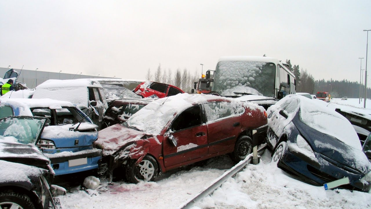 snow crash Prices (including delivery) for snow crash by joachim körber isbn: 9783442453023.