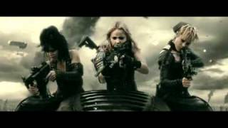 Zack Snyder - Sucker Punch - Meet Rocket Featurette (Jena Malone)
