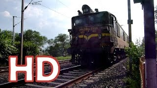 STEAM LOCOMOTIVE  HORN SOUNDS BY INDIAN RAILWAYS BRC WAG5  ! Surprise ! :O
