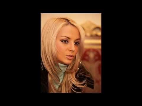 14 Декабря исполняется 31 год российской актрисе театра и кино , блондинке Света Букина