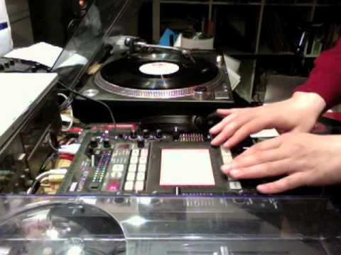 KiNK live bootleg with a Kaos mixer and a turntable
