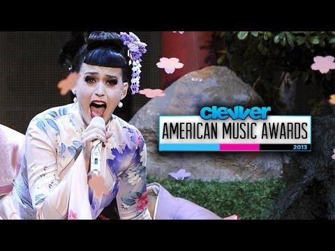 Katy Perry Geisha