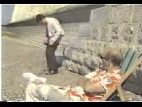Mr Bean và cuộc  dạo chơi  trên biển   Mr Bean và cuoc  dao choi  trên bien   Tin Sock   9x Show hàng   Scandal