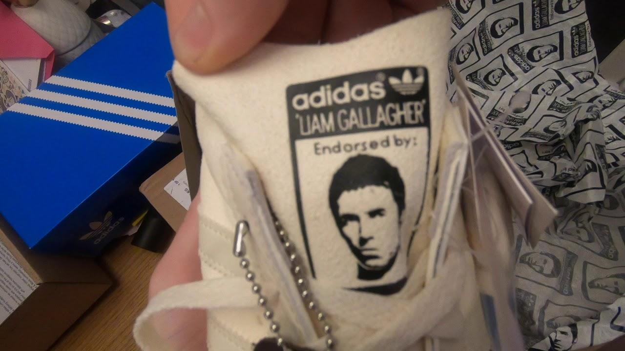 salchicha Anterior dolor de muelas  Adidas LG Liam Gallagher Spezial Padiham Review - YouTube
