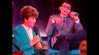 Уникальное видео. Кабаре двойников 1992 года, часть первая. sobesednikam.ru