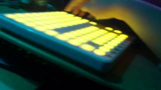 Novation Launchpad - Controlling VDJ & Freestyler in Sync! Mp3