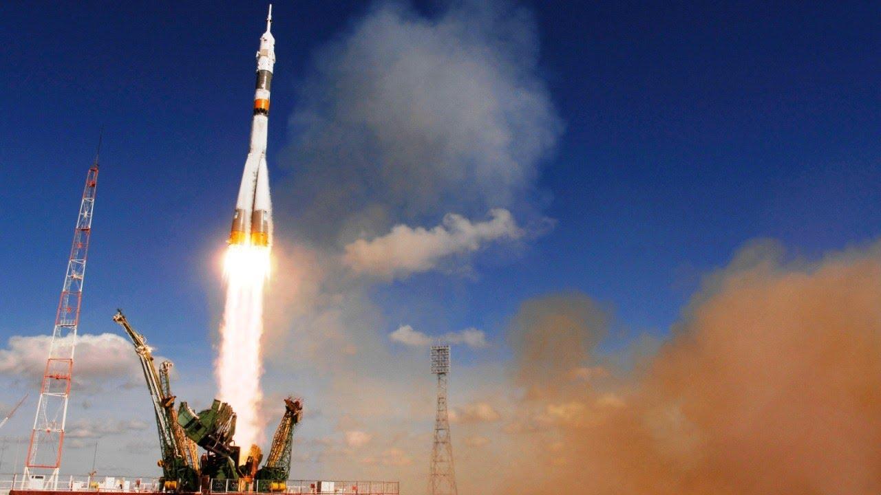 Soyuz Con Torcia Olimpiadi Invernali 2014 A Sochi Russia
