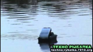 Jabo 2BL - кораблик с эхолотом для прикормки и рыбалки Видео обзор.