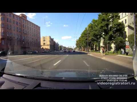 Автомобильные видеорегистраторы Mio и аксессуары к ним