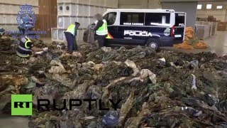Spain: 20,000 IS uniforms found by police in Valencia and Algeciras