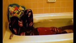 Crazy Apnea Breath hold Underwater Bathtub Wetlook - Feet white Fetish girl clothes | Underwater
