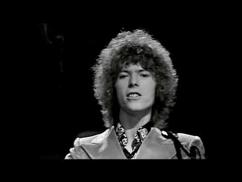 David Bowie - Space Oddity (Hits A Go Go) (1969) (HD)